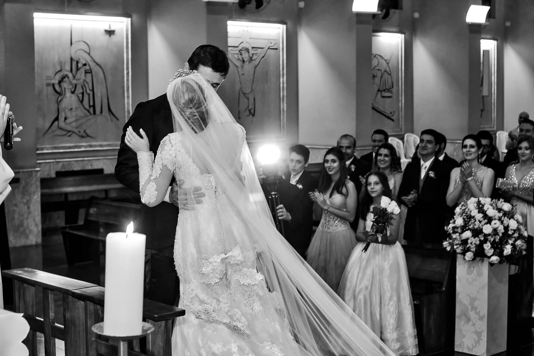 casamento-na-igreja-em-jaguariuna-sao-paulo-sp
