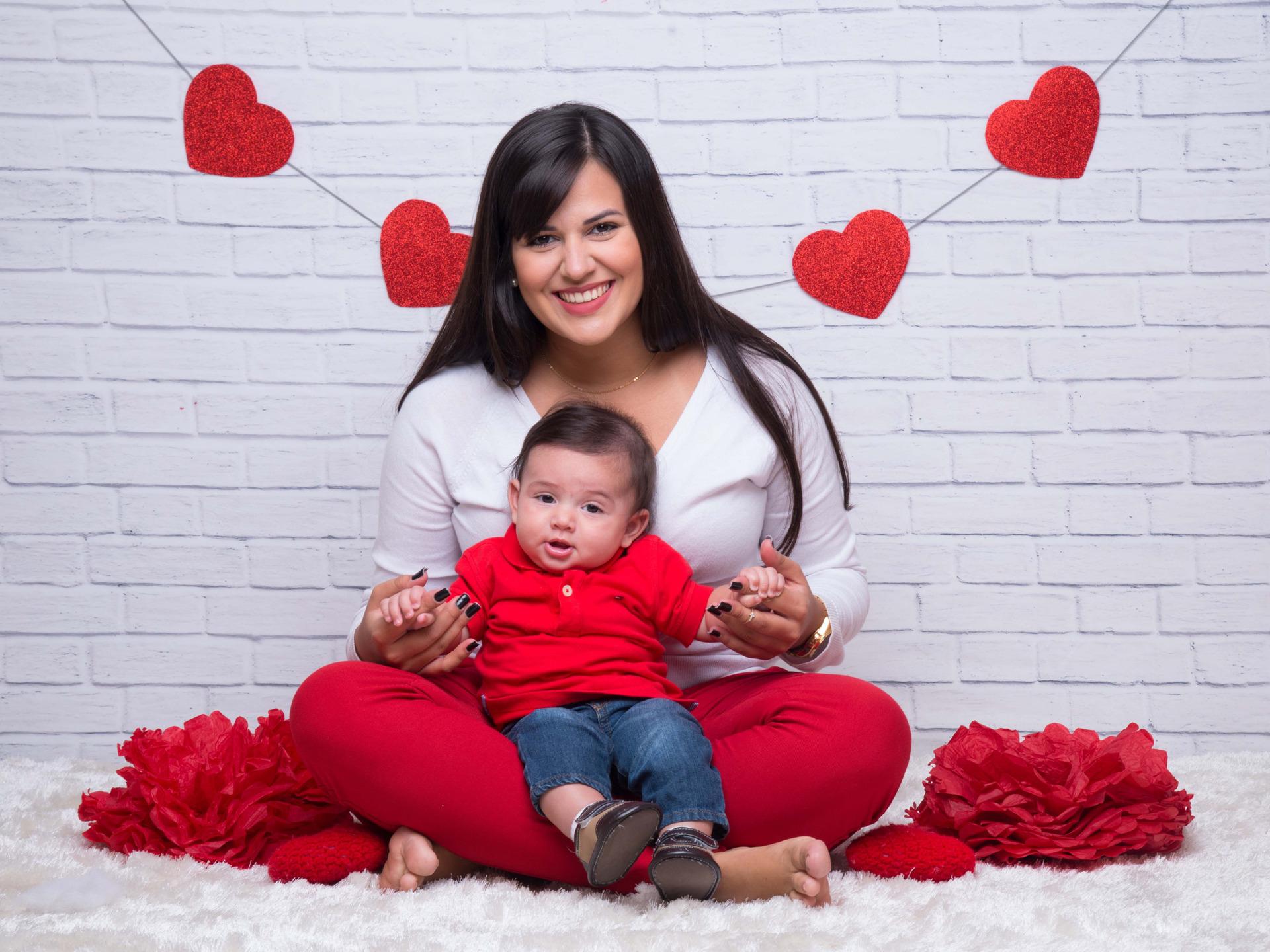 sessão de fotos dia das mães, sessão mãe e filho, amor de mãe, bebê da mamãe, amor da mamãe, ensaio fotografico mães, foto bebê e mãe, dia das mães, presente para mãe