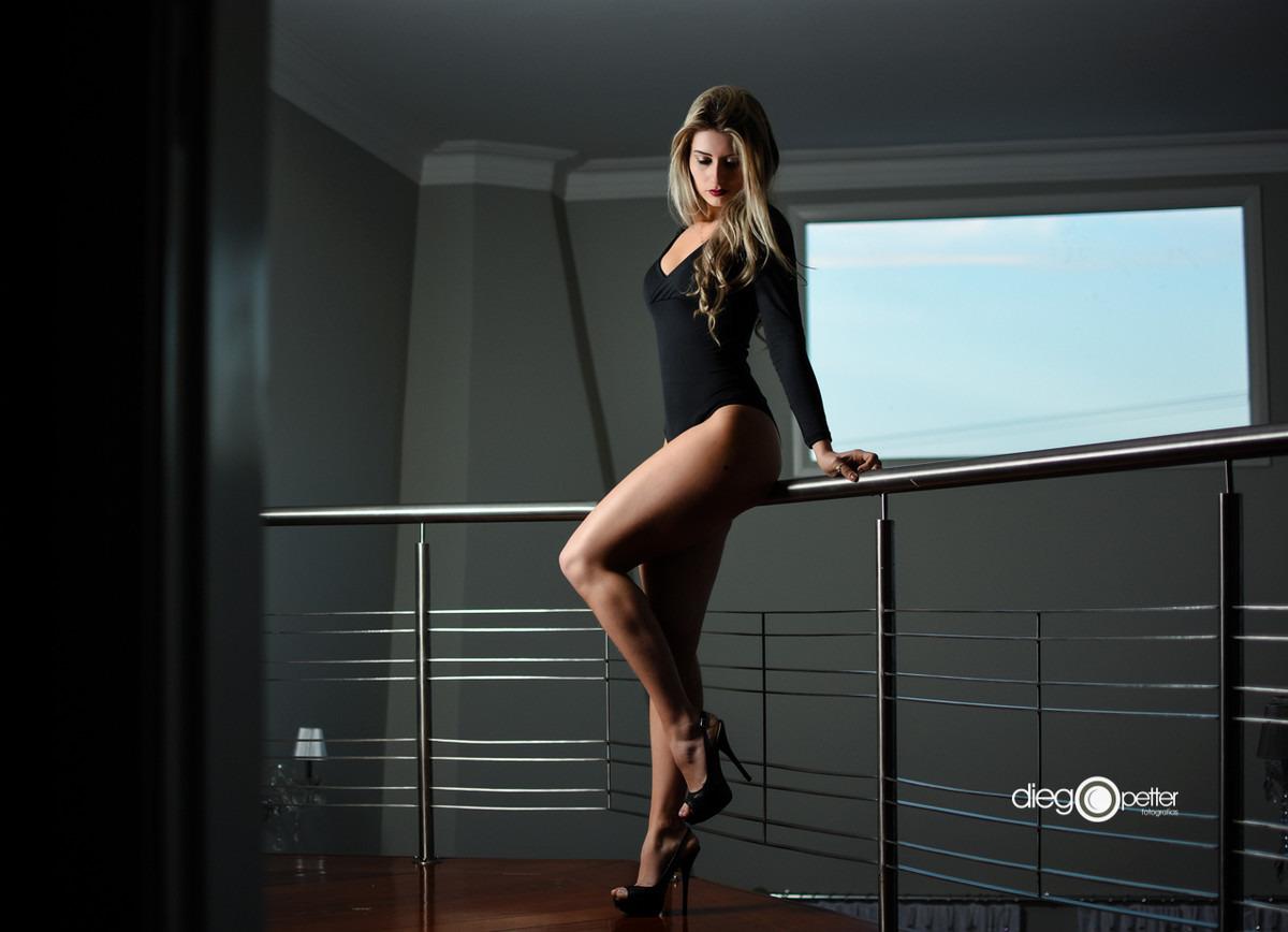Joanna Camargo para o ensaio da Revista Mídia
