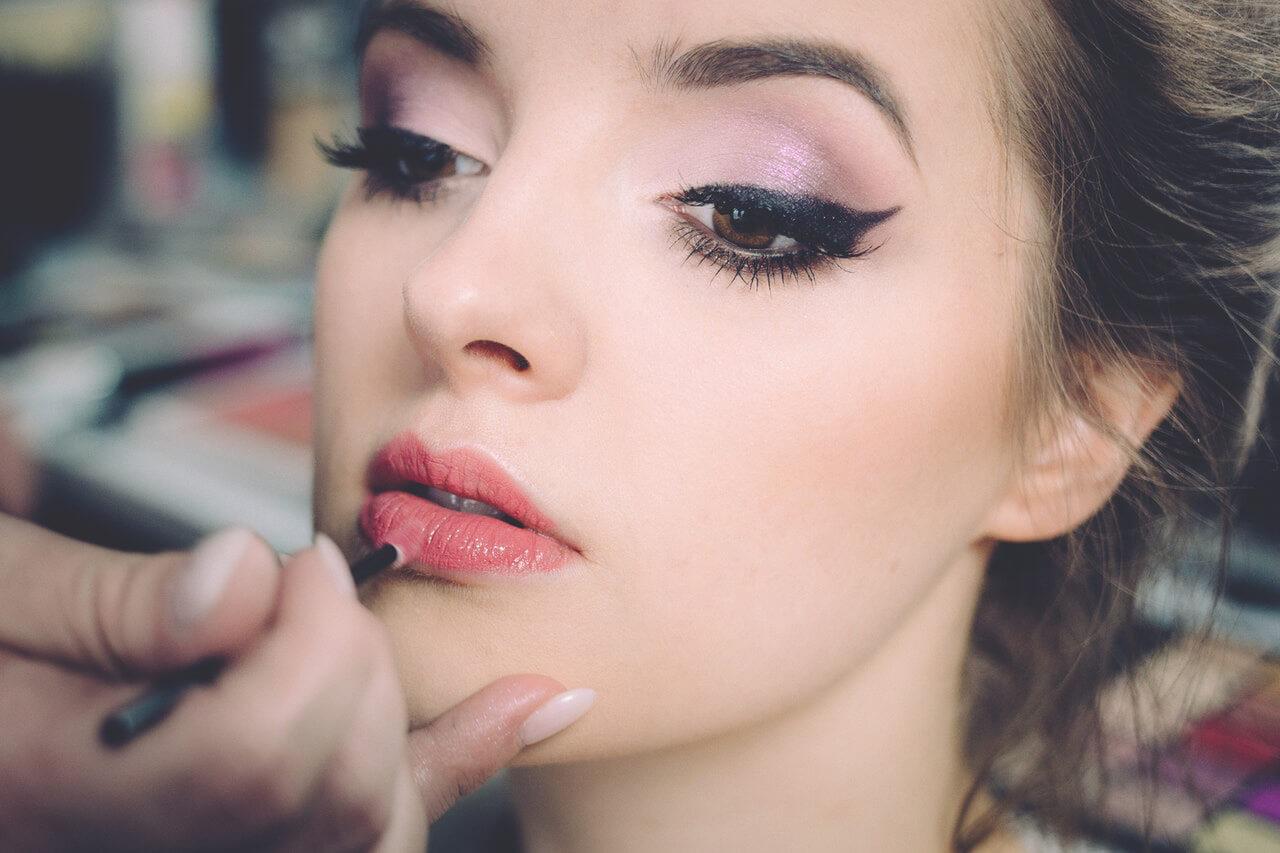 maquiagem-para-noivas-e-festas-em-vinhedo-sp-cassia-juliato-cabelo-estetica