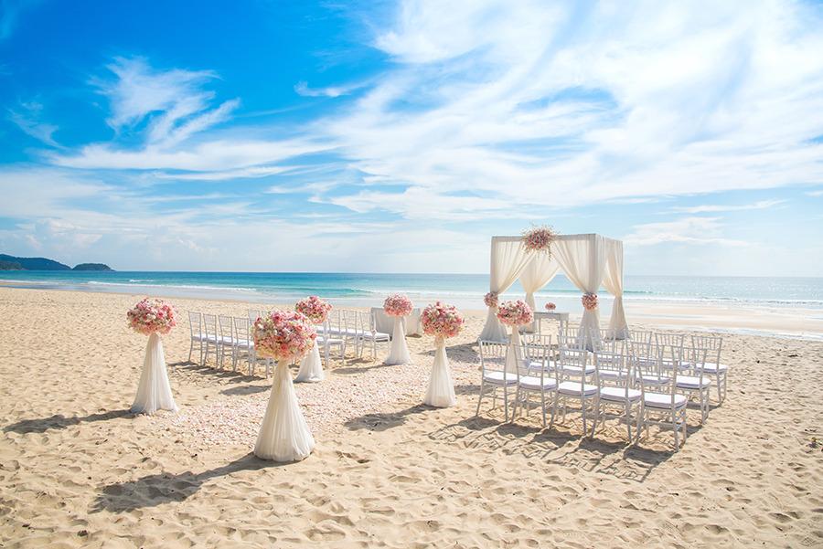 local da cerimônia do casamento na praia