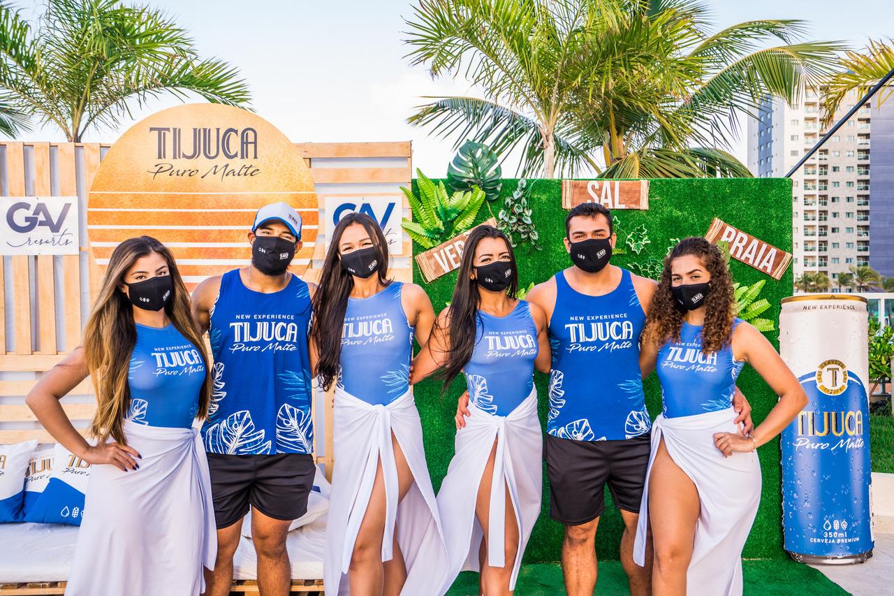 Verão em Salinas e cerveja Tijuca é sucesso garantido. Este ano de 2021 não foi diferente, a marca promoveu várias iniciativas promocionais nas praias, Resorts e supermercados da região, com distribuição de brindes exclusivos e a participação do público em todos os momentos.