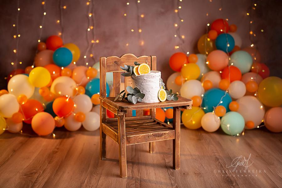 ensaio de bebê bolo smash the cake no cadeirao