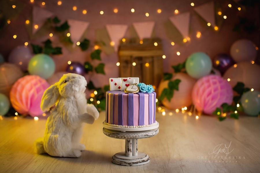 ensaio de bebê bolo smash the cake alice no pais das maravilhas