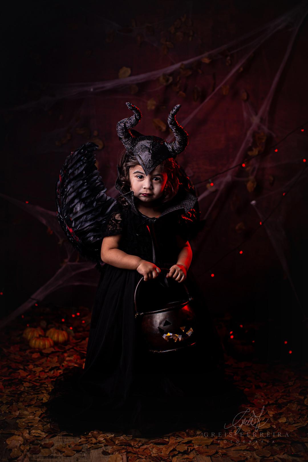 ensaio infantil em bh halloween malevola