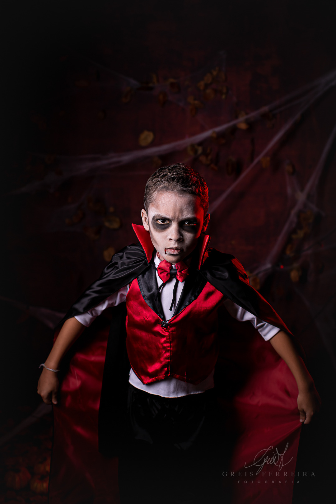 ensaio infantil em bh halloween vampiro